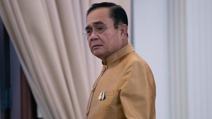 Anayasa Mahkemesi, Tayland Başbakanı'nı görevden alınmasını kabul etmedi