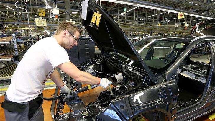 Alman otomotiv sektöründe iş beklentileri 4 aydır düşüşte