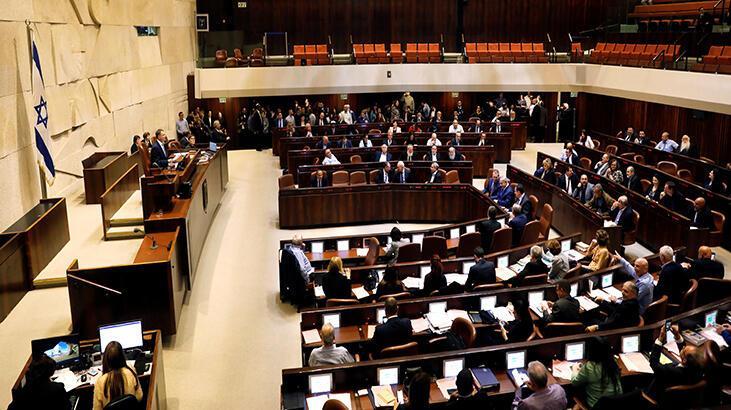 İsrail'de erken seçimin yolu açıldı