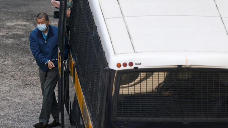 Çin Hong Konglu muhalif medya patronunu dolandırıcılıkla suçladı