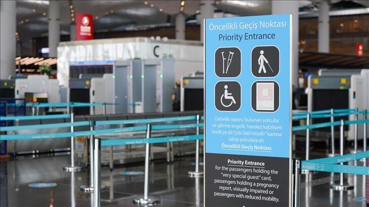 İstanbul Havalimanı'ndaki erişilebilir hizmetlerle yolculuk kolaylaştırılıyor