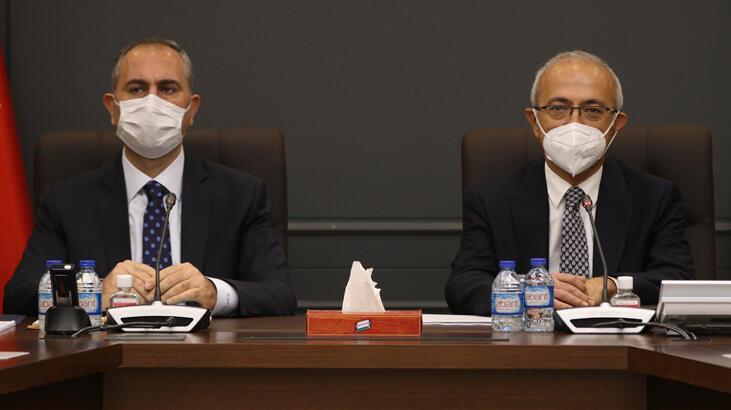 Bakan Elvan ile Bakan Gül, MÜSİAD yönetimiyle bir araya geldi