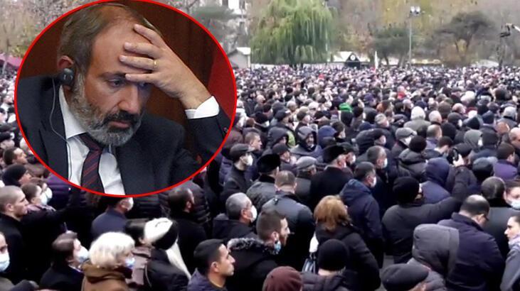 Son dakika: Ermenistan'da ortalık yangın yeri! Paşinyan'a süre verdiler