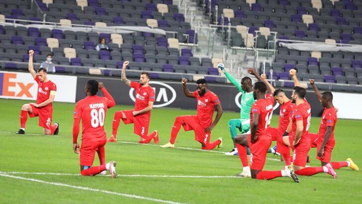 Son dakika - Sivassporlu futbolculardan ırkçılık tepkisi!