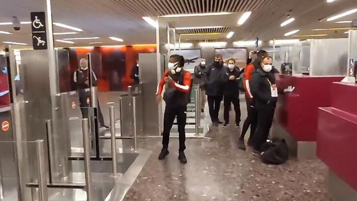 """Son dakika - Sivasspor havalimanında mahsur kaldı! """"İsrail yetkilileri her türlü zorluğu çıkartıyor"""""""