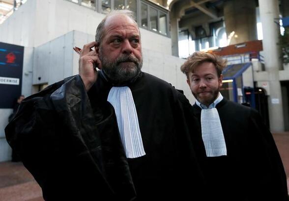 Fransa'da hakim sendikaları, Adalet Bakanı'ndan şikayetçi oldu