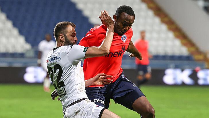 Mustafa Yumlu'dan Yalçın Koşukavak övgüsü!