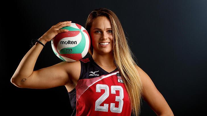 Kelsey Robinson yeniden Fenerbahçe Opet'te