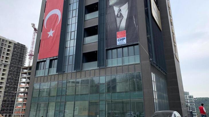 CHP İstanbul İl Başkanlığı binasındaki izinsiz çalışma durduruldu