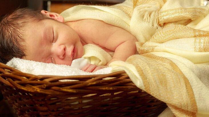 Bebeklerde Sarılık Nasıl Geçer? Yeni Doğan Bebekler İçin Sarılık Dereceleri Ve Sarılık Düşürme Yöntemleri