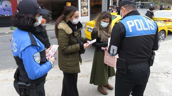 """Kadıköy'de polisten kadınlara """"KADES"""" bilgilendirmesi"""
