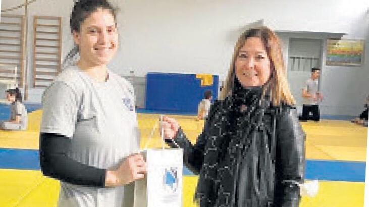 Yunusemre'den judoculara ödül