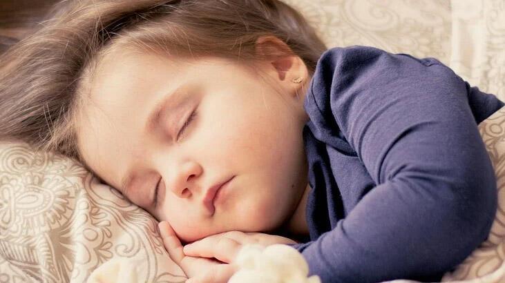 Çocuğun Uyku Düzeni Bozulduysa Tekrar Nasıl Düzen Sağlanır?