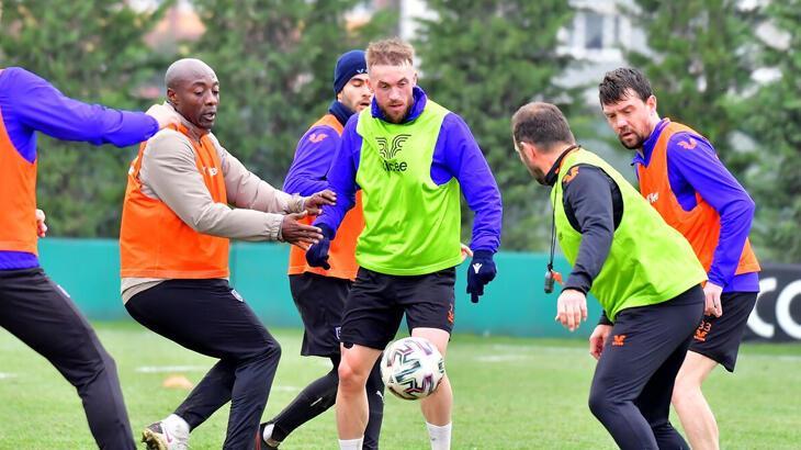 Medipol Başakşehir, Kasımpaşa ile oynayacağı maçın hazırlıklarına başladı