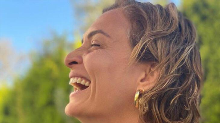 Ceyda Düvenci: Bazen zor olsa bile gülümse