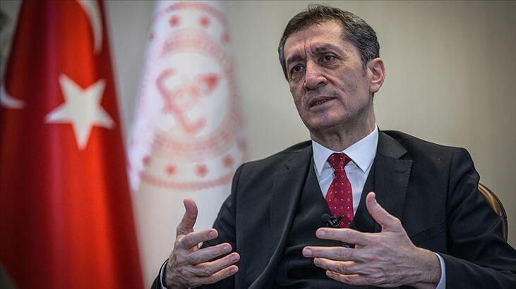 Milli Eğitim Bakanı Ziya Selçuk, sağlıkçılara teşekkür etti
