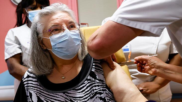 Fransa'da ilk Kovid-19 aşıları yapıldı