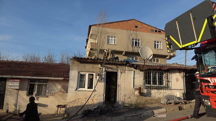 Arnavutköy'de gecekonduda çıkan yangın paniğe neden oldu