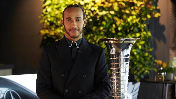 Lewis Hamilton'a 'şövalye' unvanı verildi