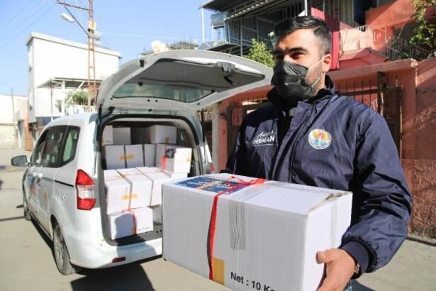 Büyükşehir Belediyesi'nden ihtiyaç sahiplerine yılbaşı paketi