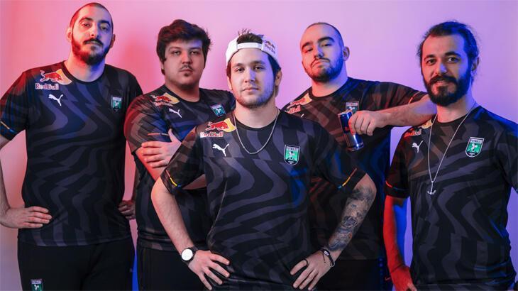 Red Bull, Futbolist takımı ile işbirliği yaptı