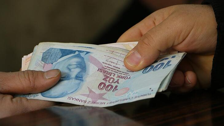 En düşük memur maaşı 4 bin 500 lira oldu