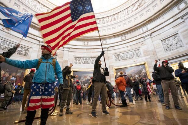 Son dakika haberler! ABD'de darbe girişimi: Amerika'da neler oluyor, ABD'de darbe mi oldu?