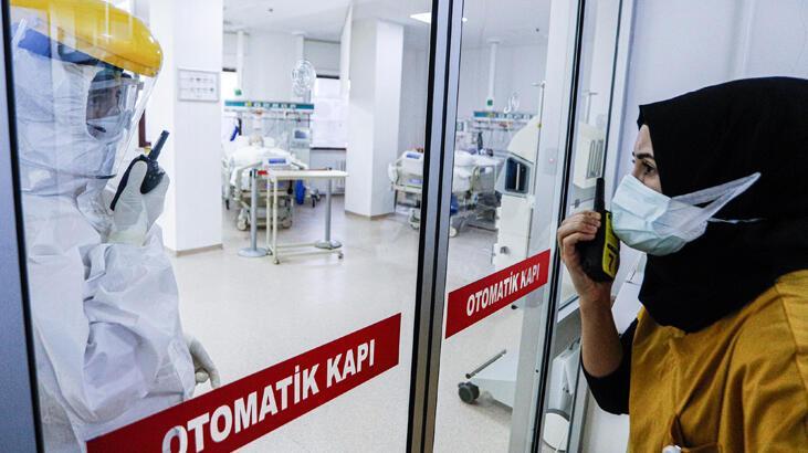 Son dakika... Ölümden dönen Prof. Dr. Bülent Saka konuştu! 'Geceden aşı kuyruğuna girerler'
