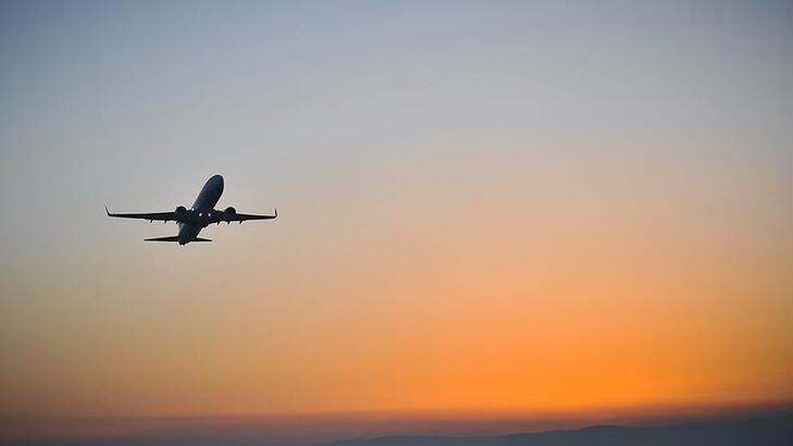 Almanya'da hava yolu trafiği sert geriledi