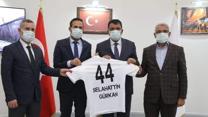 Başkan Gürkan: Adil Gevrek'in para talebi olmadı