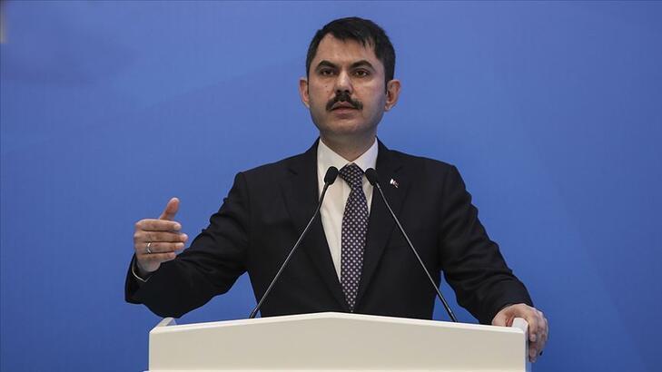 """Bakan Kurum ilk """"Sıfır Atık Belgesi""""ni Başakşehir Belediyesine verdi"""