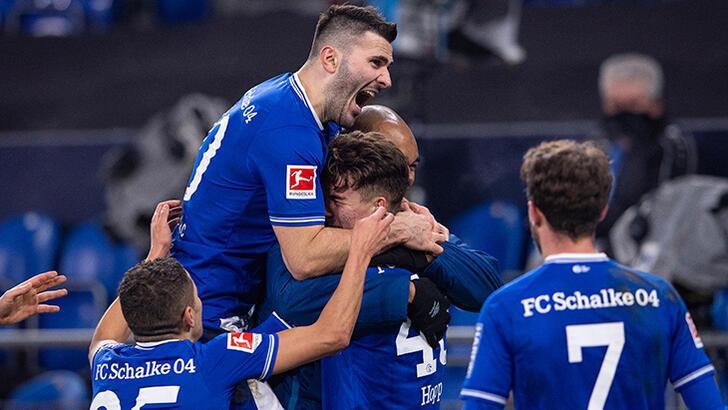 Schalke 04, 31 maç sonra kazandı