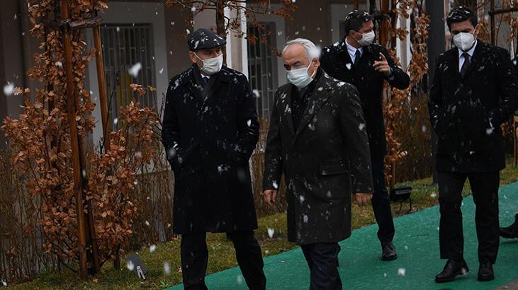 Bakan Soylu 'karda yürüyüş' fotoğraflarını paylaştı