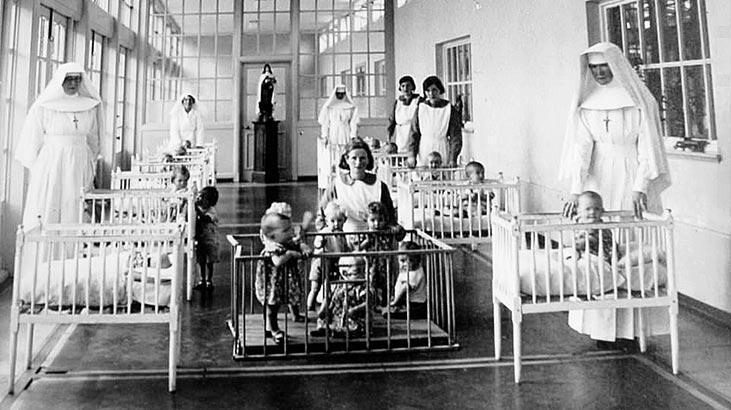 Ölen çocuklar için devletten özür