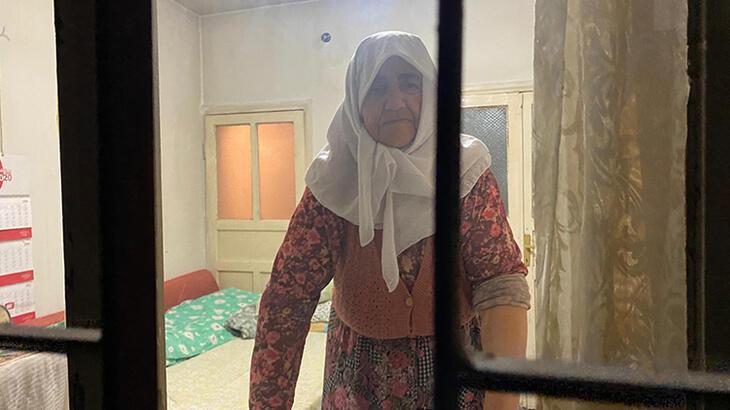 Anne- kız, 'komşunuz' diyerek evine girdikleri yaşlı kadının parasını çaldı!