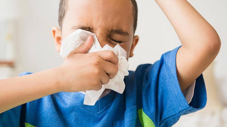 Çocuklarda burun tıkanıklığı nasıl geçer? Evde kolay tedavi yöntemleri