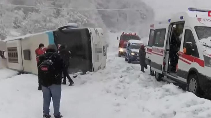 Son dakika... Zonguldak-İstanbul karayolunda yolcu otobüsü devrildi! Yaralılar var