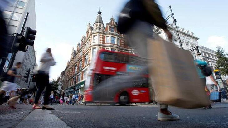 İngiliz ekonomisi daraldı