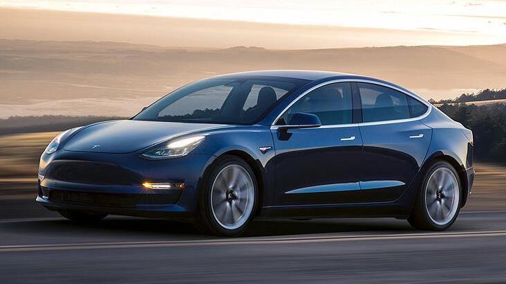 Tesla'dan 158.000 aracı geri çağırması istendi