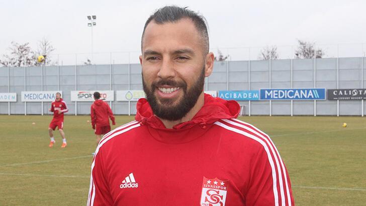 Son dakika - Yasin Öztekin Sivasspor'dan ayrıldığını açıkladı!
