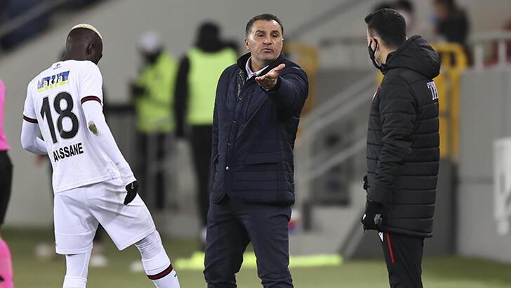 """Mustafa Kaplan'dan tepki! """"VAR, Türk futboluna ne verdi?"""""""