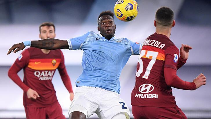 Lazio, derbide Roma'yı gole boğdu! Vedat Muriqi...