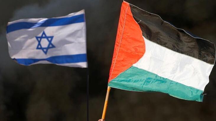 Yahudi yerleşimciler Batı Şeria'da Filistinlilerin evlerine saldırdı
