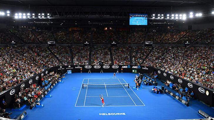 Avustralya Açık öncesi iki tenisçide koronavirüse rastlandı