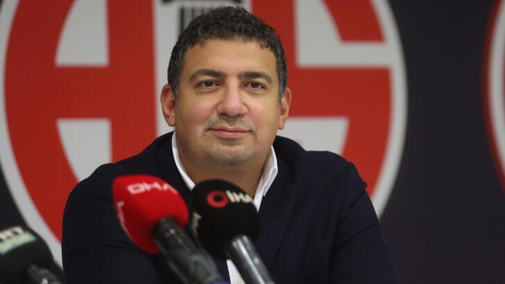Son dakika | Antalyaspor Başkanı Ali Şafak Öztürk görevini bıraktı!