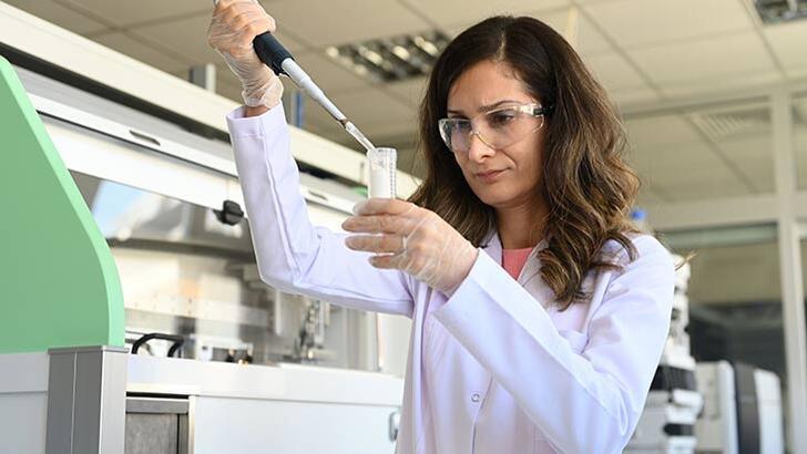 """""""Bilim Kadınları İçin"""" programına başvurular tüm hızıyla sürüyor"""