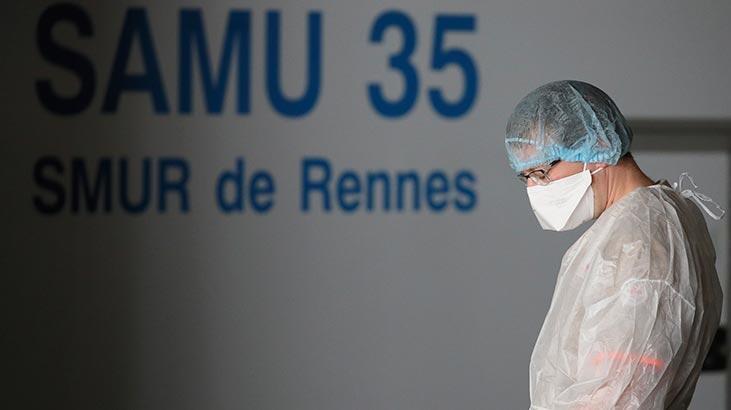 Fransa'da son 24 saatte 23 bin 608 Kovid-19 vakası kaydedildi