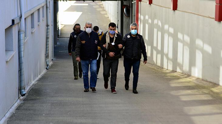 İzmir merkezli FETÖ operasyonunda, Adana'da gözaltına alınan 2 şüpheliden 1'i tutuklandı