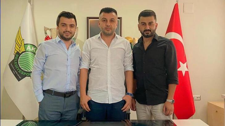 Akhisarspor'da Özbey'den transfer açıklaması