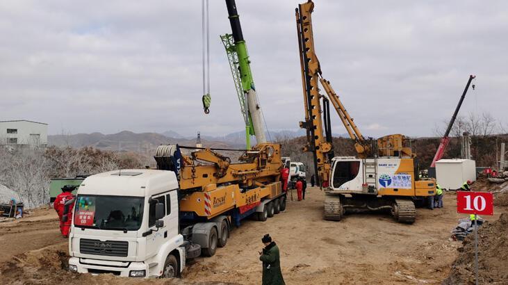 Çin'de altın madeninde kurtarılmayı bekleyen işçilerden acı haber